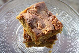 Bake kake og andre saker: Blondies med sjokoladebiter og karamell