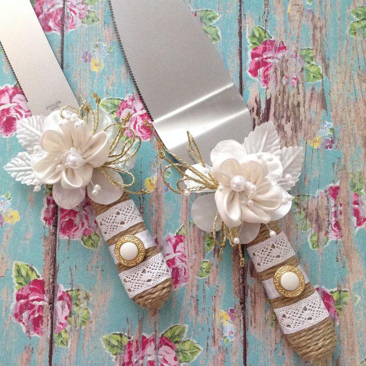 Wedding Cake Server and Knife Set / Burlap - Pearls - Lace Wedding Cake Cutter / White and Burlap Wedding Cake Cutting Set / Custom Wedding by CraftsbyBeba on Etsy
