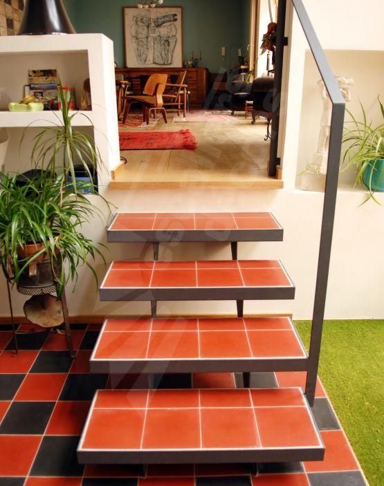 1000 images about un escalier en acier et b ton laissez. Black Bedroom Furniture Sets. Home Design Ideas
