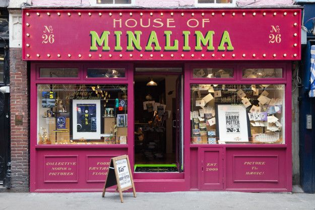So humans, be prepared to reverently, shudderingly, LOSE. IT. over London's newest and most magical pop up shop from the designers behind the films. | The Designers Of The Harry Potter Films Have A Pop Up In London And It's Amazing