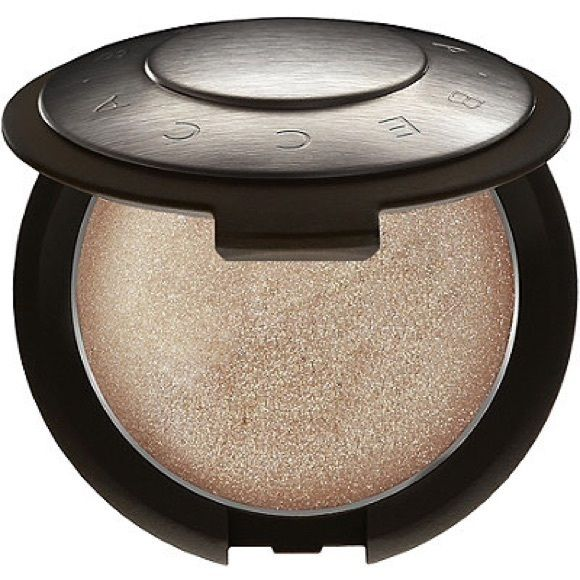 Becca Opal Becca Poured Cream Highlighter in Opal BECCA Makeup Luminizer