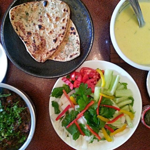 インド、デリーの人の家ランチ。 - 30件のもぐもぐ - インド、デリーの食卓で作ってもらったフュージョン料理! by Discover the world through kitchens!世界の食卓を旅しよう!