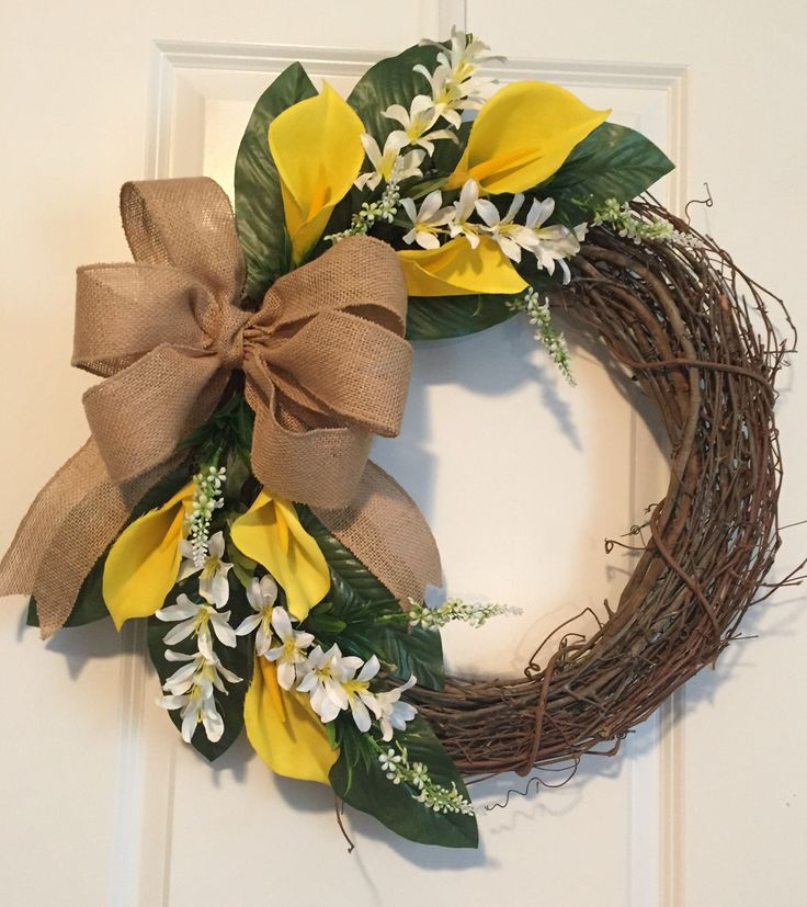 Yellow calla lilies wreath with burlap bow