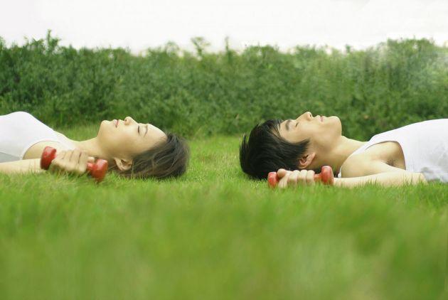 Ejercicios de relajaci n para dormir bien yoga - Relajacion para dormir bien ...