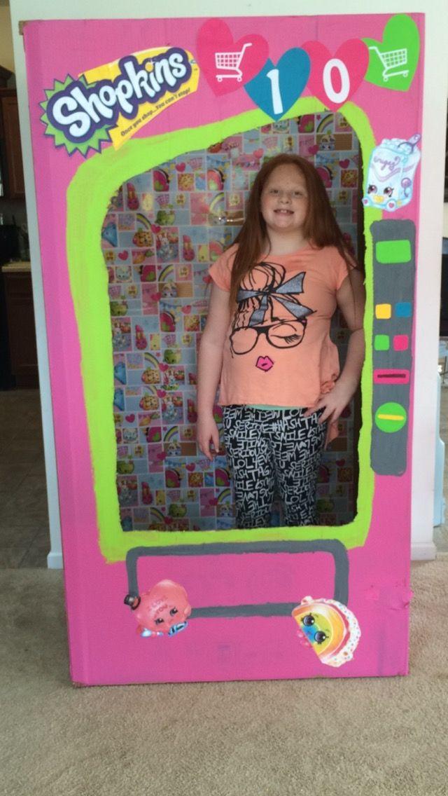 Kylie 39 s 10th birthday shopkins photo booth shopkins - Shopkins pics ...