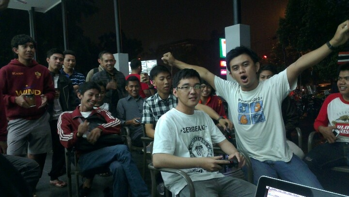 #BolalobPESevelin feat @RomaIndonesia