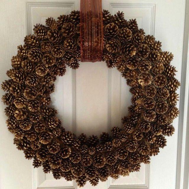 10 nápadů na vánoční věnce ze šišek (9)