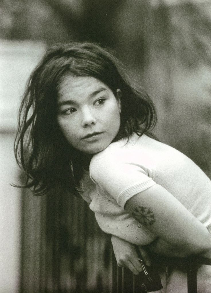 Bjork She's so beautiful!!!