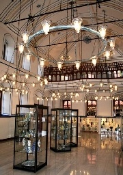 Museums in Turkey consist of different type of ancient buildings, original exhibited objects, cultural heritage of the civilisations.  http://www.turkeytouristguide.eu/en/content/38/museums/