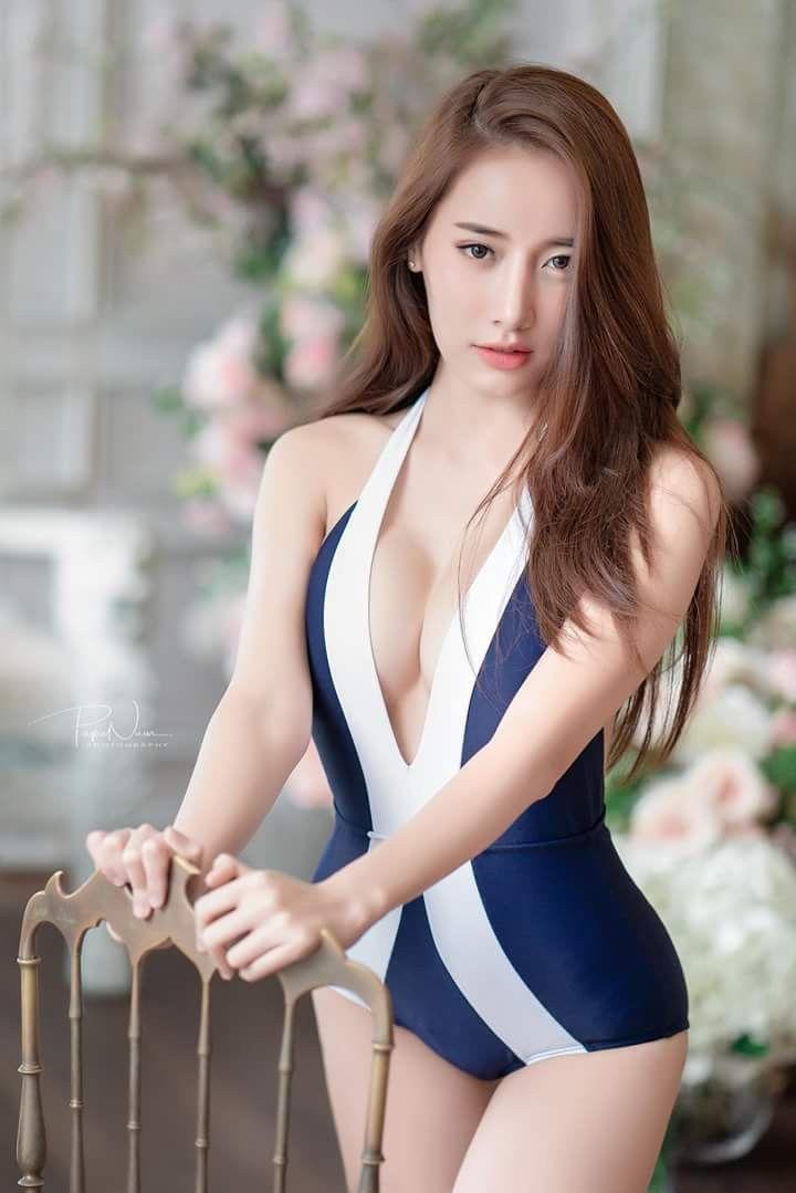 Pin Oleh Naraqq Di My Beautiful Women Model Asia Gadis Cantik Asia Wanita Terseksi
