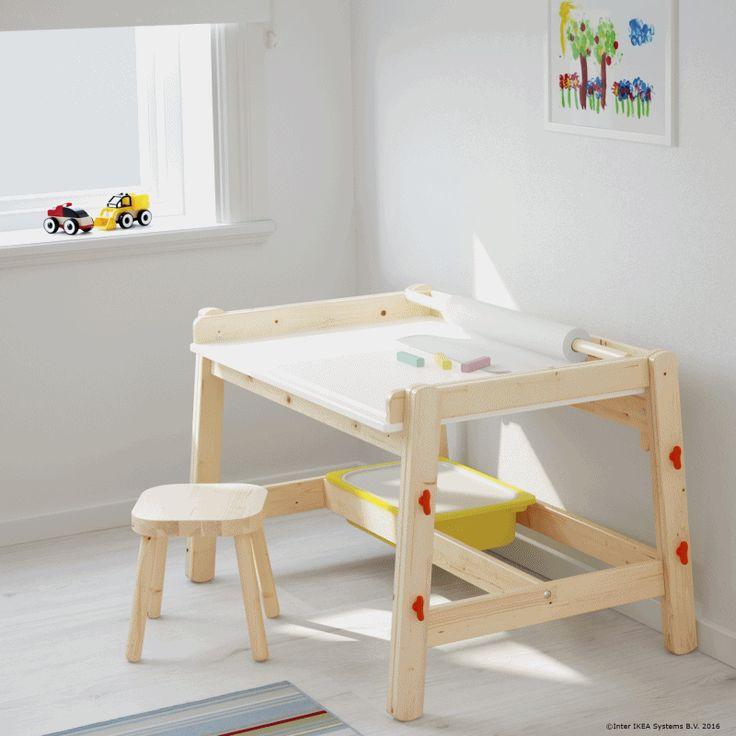 Atunci când cei mici cresc, desenele încep să se transforme în teme, iar biroul FLISAT este acolo să îi ajute tot timpul.