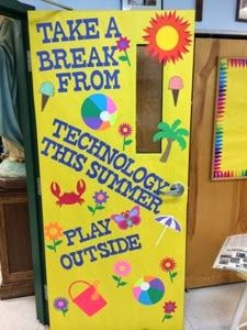 A Techy Teacher with a Cricut computer lab door or bulletin board