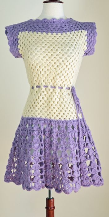 Mod Colorblock Crochet 60's Mini Go-Go Dress - inspiration only but not that hard to figure out ;-)