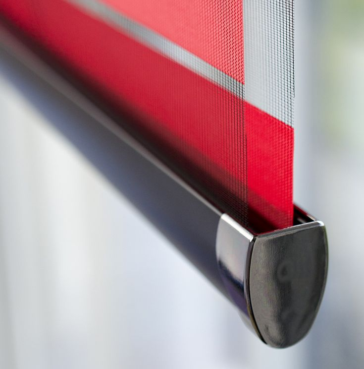 Allure Day & Night Blind #blinds #red #amandaforblinds