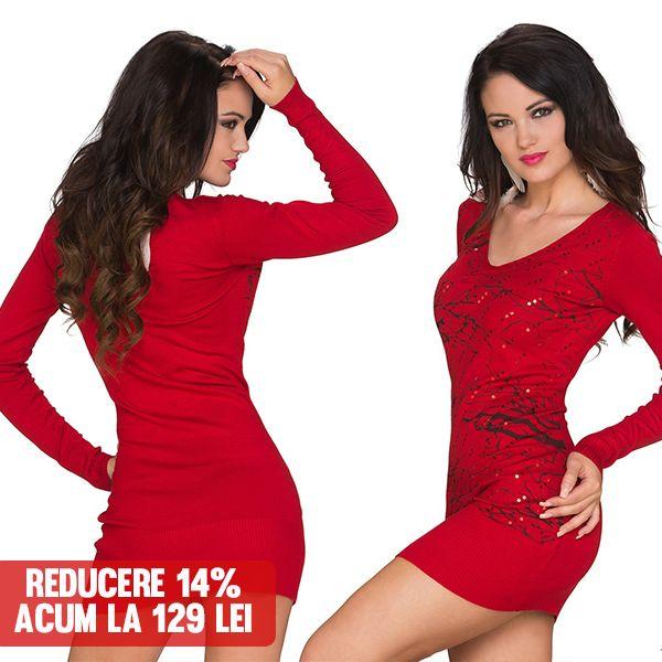 Rochie Linea RED >> Click pe poza pentru a intra pe site. Rochie realizata din tricotaj fin, cambrata pe talie, cu decolteu in V. #rochii #rochiideseara #fashion #dress #rochiideocazie #NFR #NewFashionRomania #declub #VinereaNeagra #BlackFriday #Reduceri #fashion #BlackFridayFashion #ReduceriBlackFriday