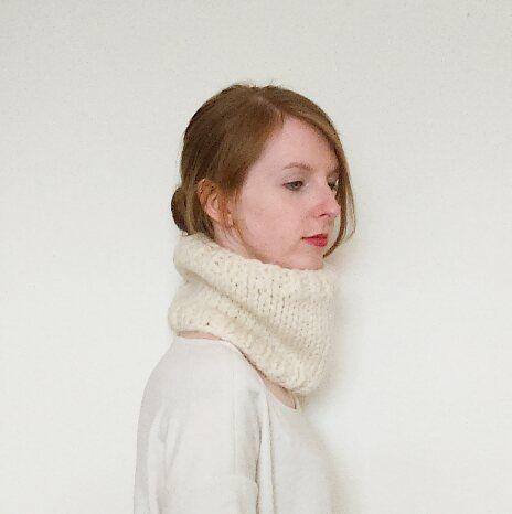 The Blake // Wool alpaca chunky knit cream by WhitebirchHandcraft