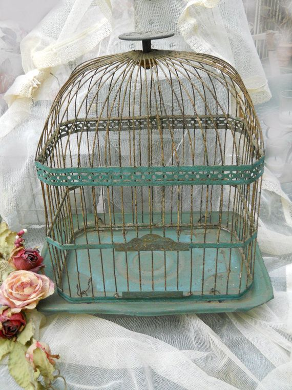 les 88 meilleures images du tableau old bird cage cages oiseaux anciennes sur pinterest. Black Bedroom Furniture Sets. Home Design Ideas