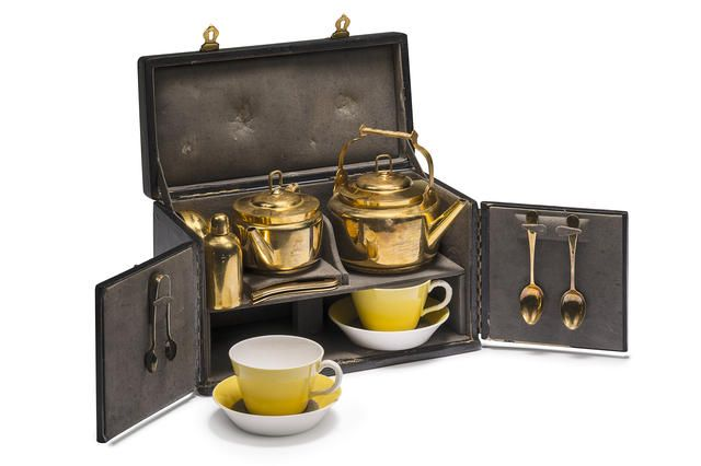 A FINE LEATHER-CASED TEA-SET FOR TWO PERSONS BY MAQUET OF PARIS, CIRCA 1900