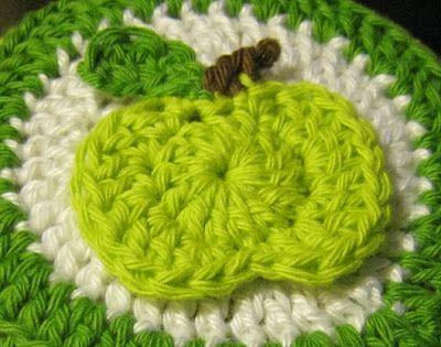 Hæklede hatte til æblemosen – Cand.selv