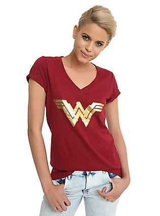 DC Comics Wonder Woman Gold Foil Logo Girls V-Neck T-Shirt, BURGUNDY
