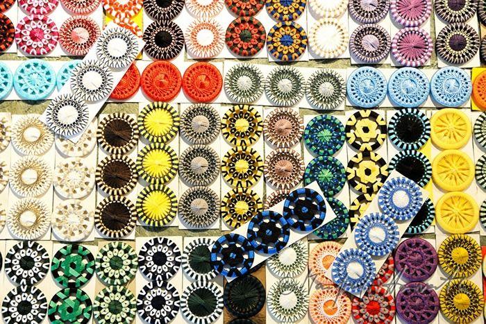色鮮やかなリングワーク。ぜひ作品づくりの時のアイデアに取り入れてみてください。