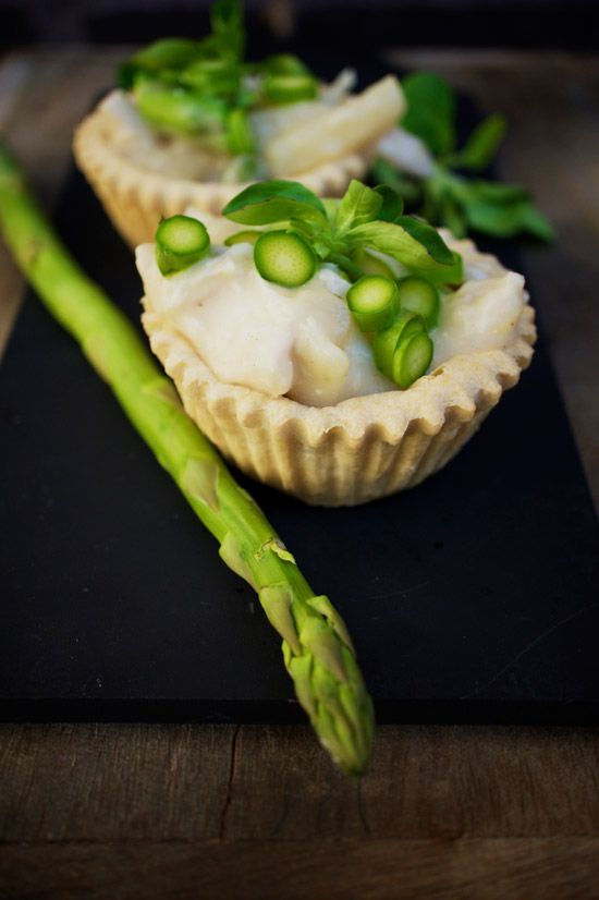"""this is chicken in asparagus (høns i asparges)  one of my favorite..""""the danish tarteletter"""""""