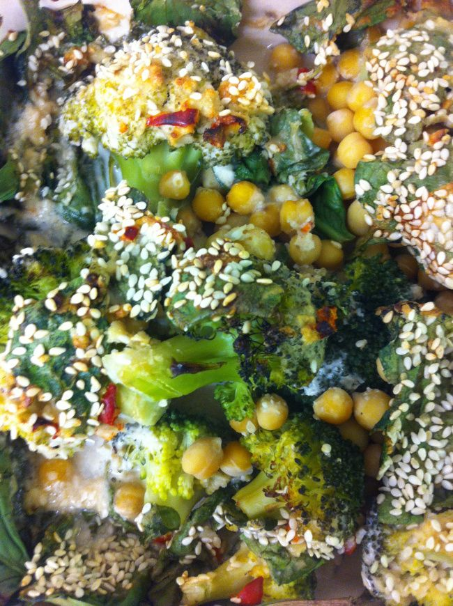 Creamy Tahini Baked Brocolli & Chickpeas #vegan #glutenfree #food #recipe #vegetarian