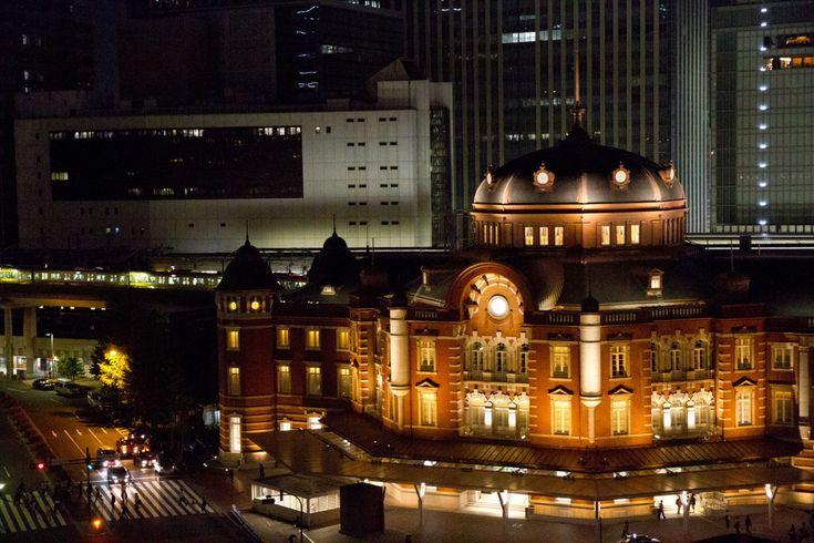 都会の喧騒を離れお友達と、又はお一人で一日ぶらっと旅をしてみてはいかがですか♪意外と近場に貴方の知らないスポットがあるかも! 1.築地場外市場のお買い物と両国・浅草下町2大スポットめぐり http://www.tokyo-date.net/ 東京の下町の代名詞「両国」と「浅草」を楽しめます。まずは、話題の築地市場の場外でお買い物、そして両国でちゃんこを頂き、浅草を散策するプラン。1日の中で築地場外でも有名な「卵焼き」「芋ようかん」を食べることもできて、かなり豪華なプランなのではないでしょうか? 【集合 築地駅】 【集合場所:築地駅】9:00集合築地市場見学、ショッピング聖路加・明石町水上バスのりば隅田川クルーズ両国回向院本場両国でちゃんこの昼食。相撲博物館(※休館日は安田庭園にご案内)両国水上バスのりば隅田川クルーズ浅草浅草寺・仲見世浅草寺ご案内後、仲見世自由散策・解散となります。(15:30頃)昼食代(食べ歩き含む)、乗船料、添乗費用、最少催行人員/15名様・添乗員が同行いたします。 http://www.nta.co.jp...
