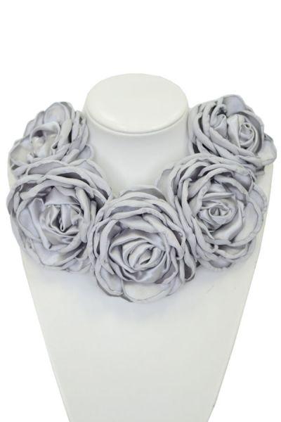 Kwiatowa kolia - model 05 - szaro/srebrna