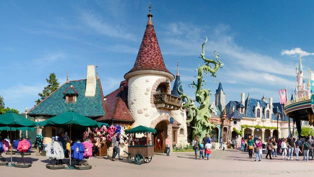 http://www.disneylandparis.fr/boutiques/disneyland-paris-shopping/