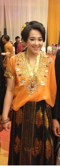 Baju Bodo - Ujung Pandang