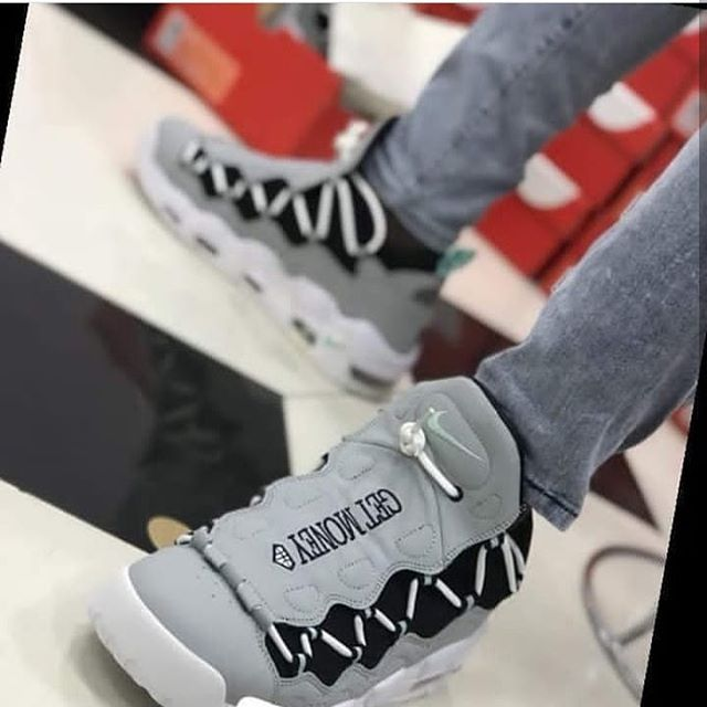 NIKE AIR MONEY AVAILABLE Price  30000 Comes with full box Pay on delivery  within Lagos d7d8df3b97c