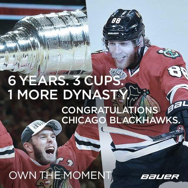 Les Chicago Blackhawhs soulèvent la coupe Stanley 2015 / Chicago Blackhawks win stanley Cup 2015