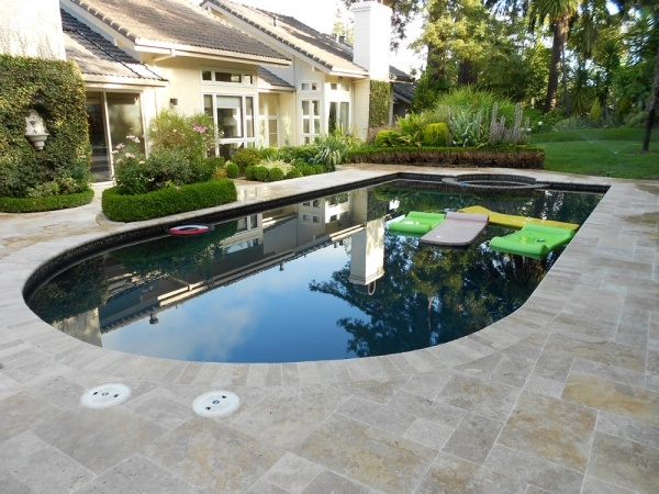 9 best images about pool paving ideas on pinterest for Swimming pool renovation ideas