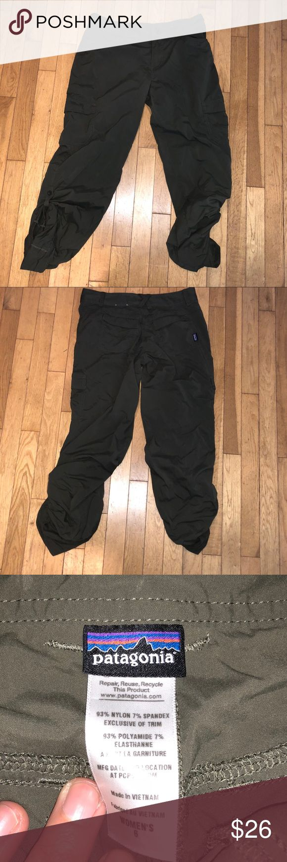 Women's Patagonia pants athletic In great shape. Gently used. No major signs of wear. Open to offers. Buttons on the sides to crop. Patagonia Pants