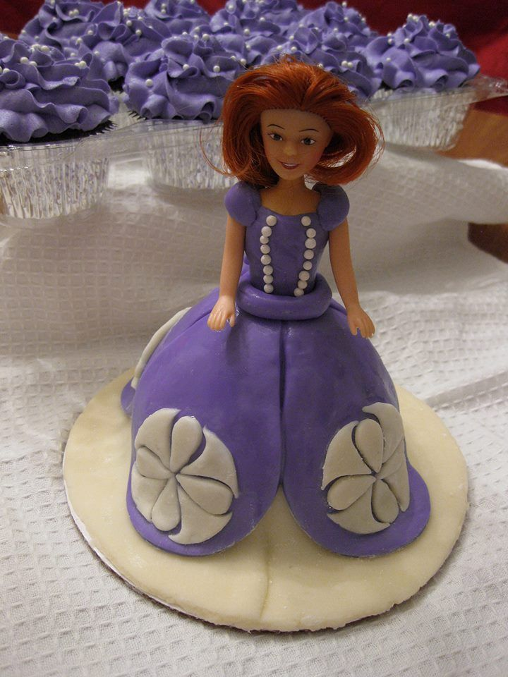 Sofia the First Mini Doll Cake and Pearly Princess ...