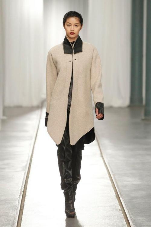 "Portugal Fashion . Fall Winter 2012/2013Bloom - Concurso de Design""element"" by Carla Pontes  model:Sevinch [Best Models]  photo:MODATEX - Página Oficial"