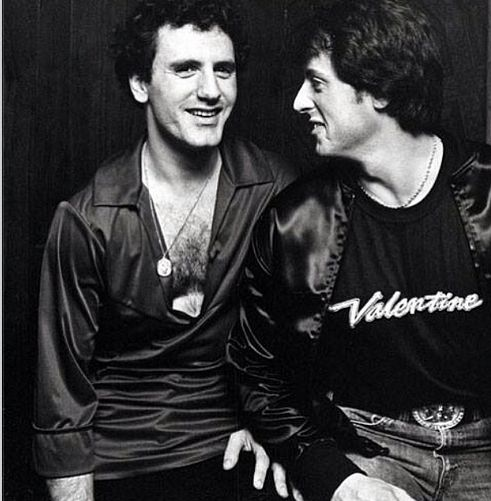 Sylvester Stallone with brother, black and white, B&w, smile, black, Sly Stallone, Frank Stallone, silme