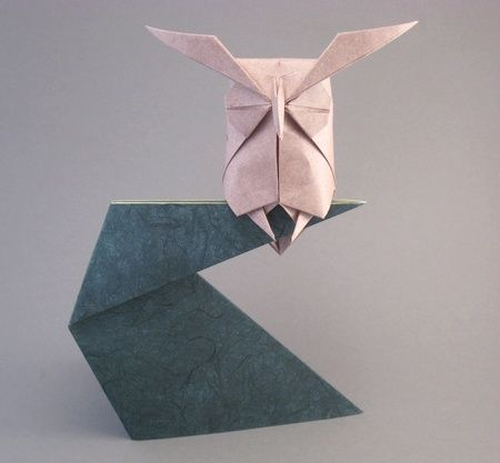 beautiful origami owl by hideo komatsu @Leslie Riemen Haynes - this made me think of you :)