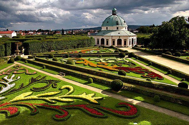 kvetna-zahrada-Kromeriz
