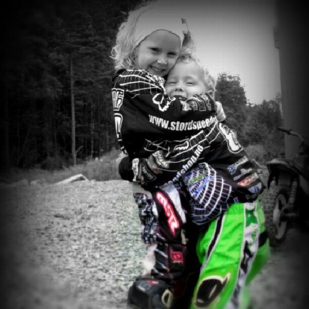 My children will be just like this! Teach em that dirt don't hurt ;)