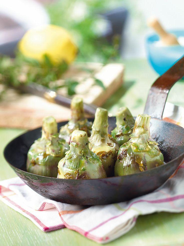 Recette cuisine artichauts la romaine recettes d - Comment cuisiner les coeurs d artichaut ...