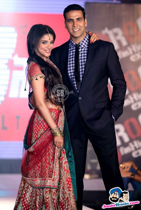 Asin and Akshay Kumar