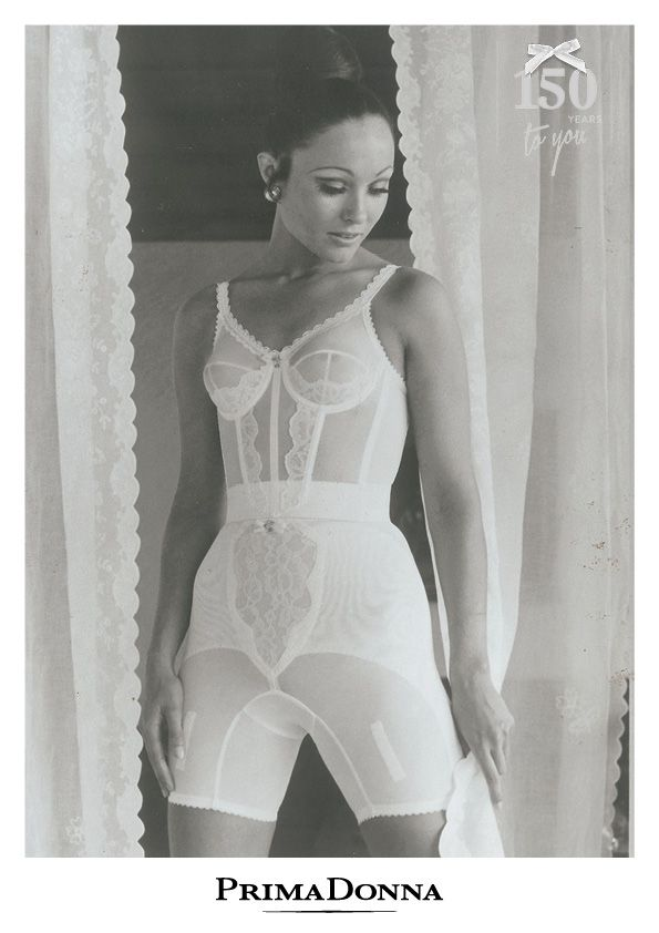 1920 best 60 39 s ropa interior images on pinterest for Underwear under wedding dress