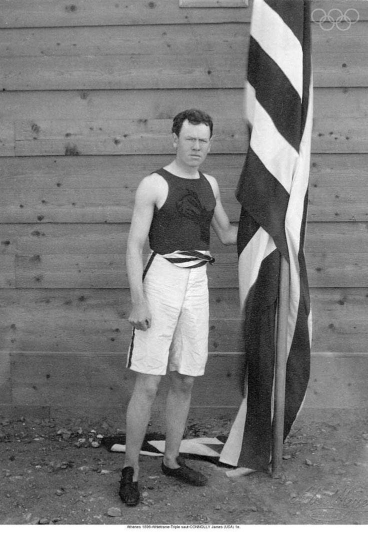1896 O atleta norte-americano de triplo salto, James Connolly.