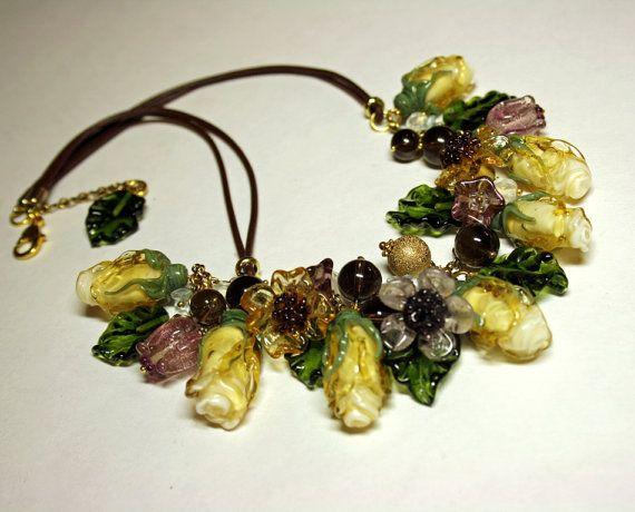 Collana di fiori fatti a mano in vetro, vetro Rose collana, collana in vetro artigianale, vetro collana, collana floreale
