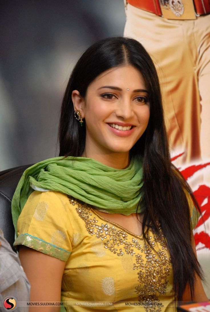 Page of Shruti Hassan At Gabbar Singh Success Meet Shruti