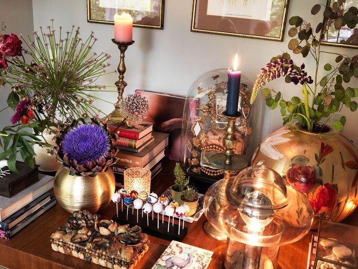 Villa Nicola Amsterdam I Photography by Frank Brandwijk I Styling Anja Koops I 'Livingroom Desk' 'Vintage Interior'