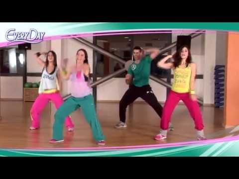Танцевальная аэробика.  Супер Зумба.  Эффективное сжигание жира - YouTube