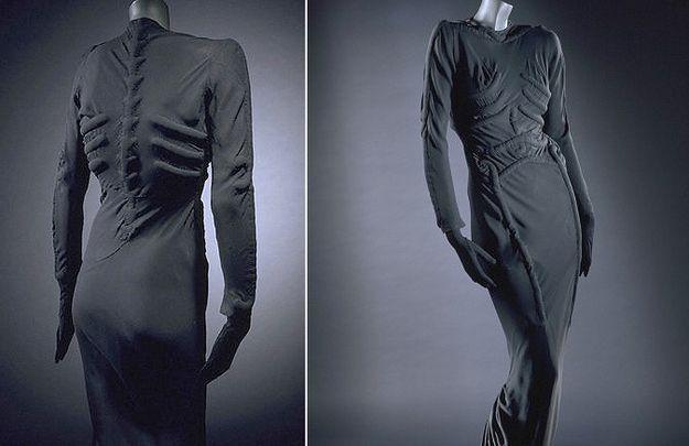 Like this skeletal dress.   15 Reasons Why Elsa Schiaparelli Was A Total Genius